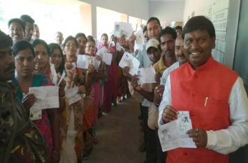 कोडरमा,रांची, खूंटी व हजारीबाग में 64.23 प्रतिशत मतदान,इन दिग्गज नेताओं का भविष्य हुआ ईवीएम में कैद
