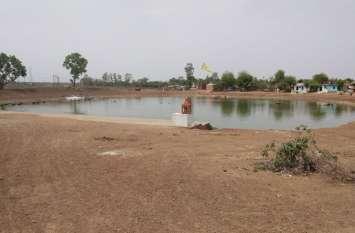 शहर का निरपत सागर तालाब ओवरफ्लो, लोकपाल और धरम सागर अब भी प्यासे, देखने उमड़े लोग