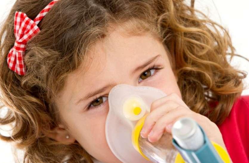 किसी भी उम्र हो सकती है अस्थमा की दिक्कत, जानें इलाज व बचाव