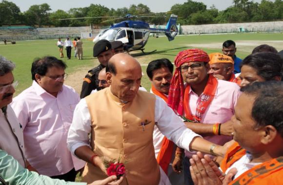 झारखंड की सभाओं में राजनाथ सिंह की गर्जना, बोले-'पूरे विश्व में बज रहा है भारत का डंका'