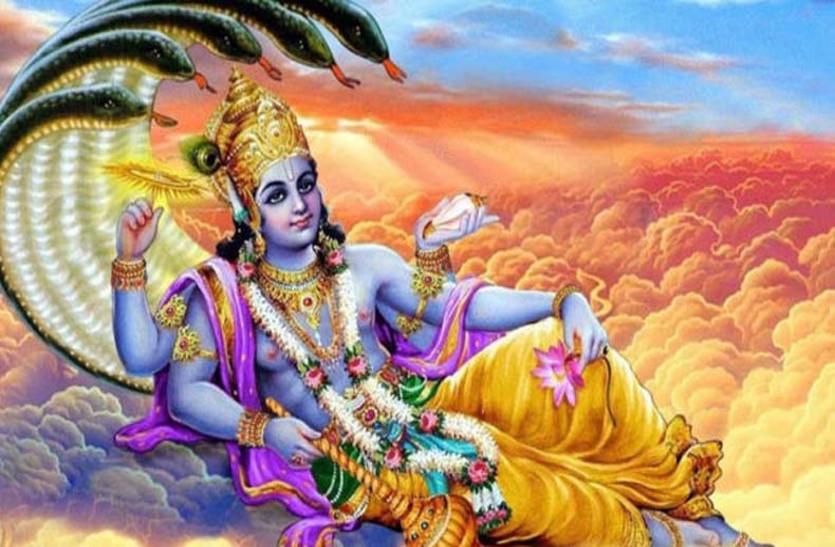 Guruwar ke Totke: गुरुवार को करें पीले रंग की इन चीजों का इस्तेमाल, घर में कभी नहीं आएगी दरिद्रता