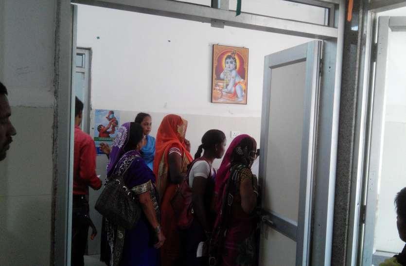 कैसे मिटेगा कुपोषण: पुष्पराजगढ़ खंड की 269 गांवों के बीच मात्र दो एनआरसी केन्द्र, विकासखंड में 4191 बच्चे कुपोषित