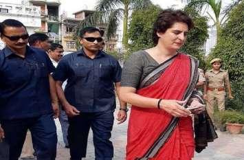 चुनाव प्रचार के दौरान प्रियंका गांधी से ट्यूमर पीड़ित बच्ची के परिजनों ने मांगी मदद, प्रचार छोड़कर कांग्रेस नेता बच्ची को एम्स ले गये