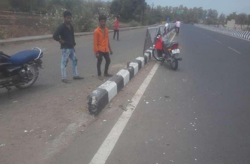 इंदौर-भोपाल राजमार्ग पर सड़क हादसा, तीन दोस्तों की मौत