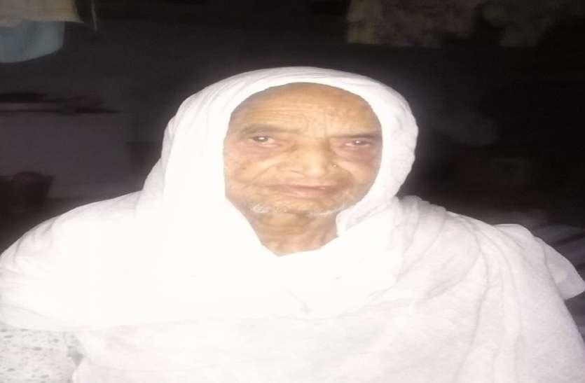 100 साल की उम्र के जिले में 33 मतदाता, जिनमें 19 महिलाएं