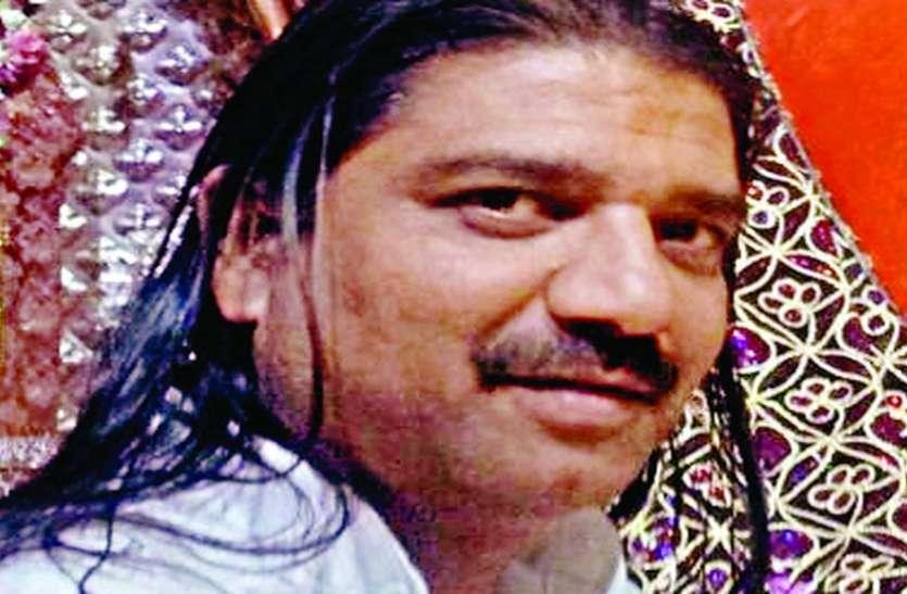 खजराना मंदिर के पुजारी पर केस से भडक़ा ब्राह्मण समाज, बहिष्कार की चेतावनी