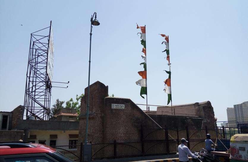 अहमदाबाद शहर में मील का पत्थर है 'माणेक बुर्जÓ