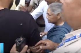 Video: चुनाव के रंग में रंगी राजधानी दिल्ली, शीला दीक्षित समेत इन्होंने डाला वोट