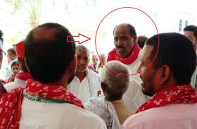 आजमगढ़ में मतदान के दौरान सपा विधायक पर हमला, गाड़ी पर हुआ पथराव, बचाने पहुंची फोर्स