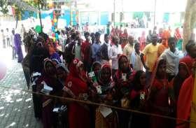जौनपुर में बम्पर वोटिंंग, दोपहर एक बजे तक 35.23 जबकि मछलीशहर में 35.58 फीसदी मतदान