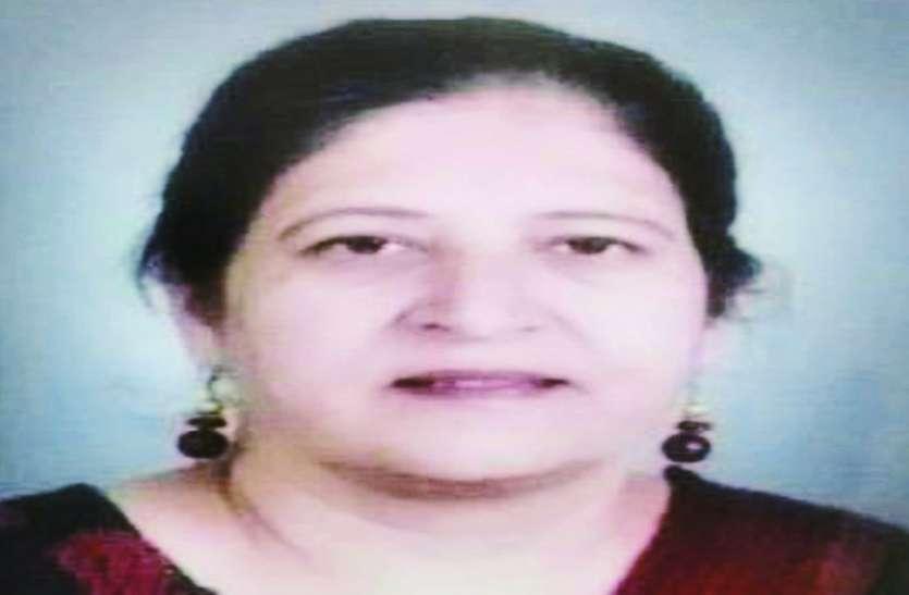 MOTHER'S DAY : बलात्कार के कलंक को धोकर नाबालिग बेटियों को नया जीवन दे रही ये मां