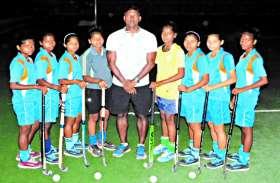 ITBP के अफसर का जुनून और मुरिया आदिवासी बेटियों की मेहनत लाई रंग, पहली बार नेशनल खेलेंगी 4 लड़कियां