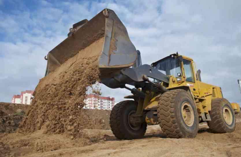 अब वाहन की साइज के आधार पर लगेगा जुर्माना, रेत के काले कारोबार पर कमलनाथ सरकार सख्त