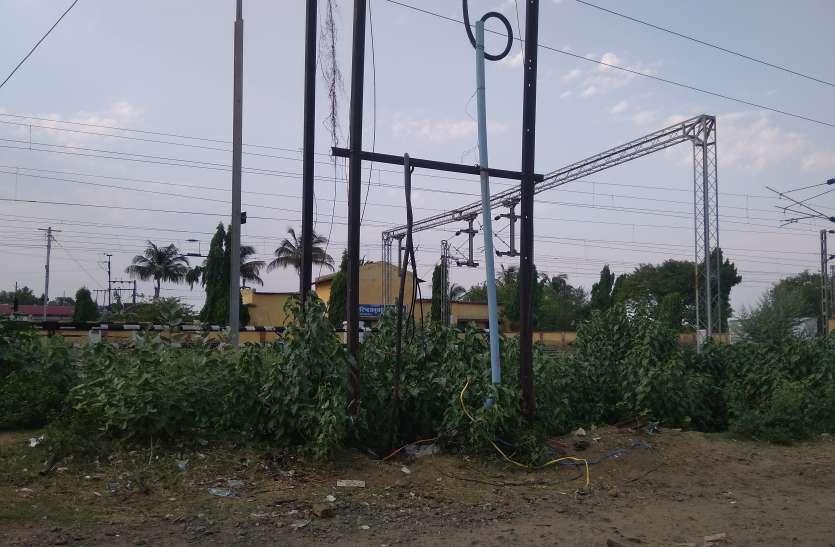 अघोषित बिजली कटौती से नगर सहित ग्रामीण क्षेत्र रहे हालाकान