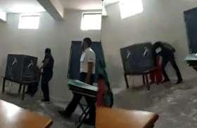 फरीदाबाद: वोटरों को प्रभावित करने की कोशिश में था पोलिंग एजेंट, वीडियो वायरल होने पर EC ने लिया एक्शन, गिरफ्तार
