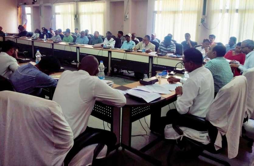 प्रकरणों के निराकरण नहीं होने पर सम्बंधित विभाग प्रमुखों के खिलाफ होगी कार्रवाई