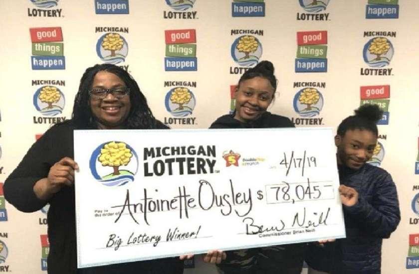 woman won 54 lakhs lottery