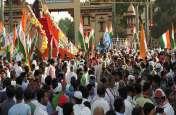 पीएम मोदी के गढ़ में प्रियंका गांधी, थोड़ी देर में शुरू होगा रोड शो