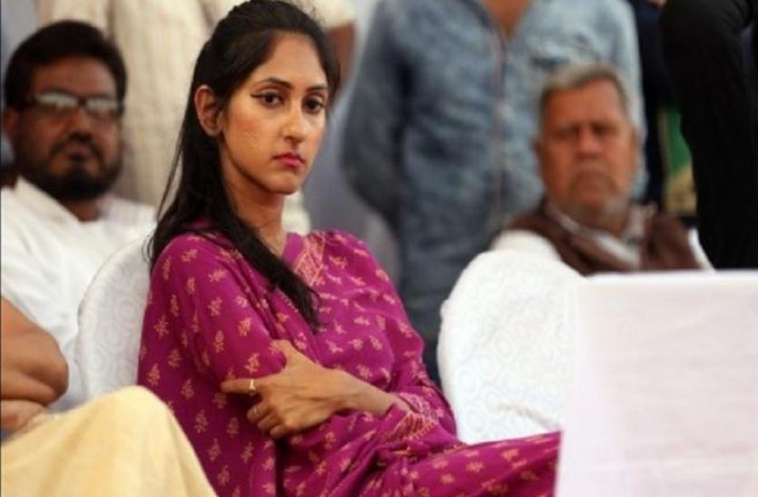 अदिति सिंह पर हमले के बाद इस कांग्रेस विधायक ने प्रियंका गांधी के खिलाफ ही कर दी बगावत, लगाया बहुत बड़ा आरोप