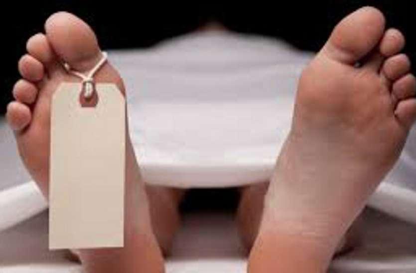 कब्र से शव निकालकर कराया मासूम का पीएम, जांच के लिए भेजा जाएगा बिसरा
