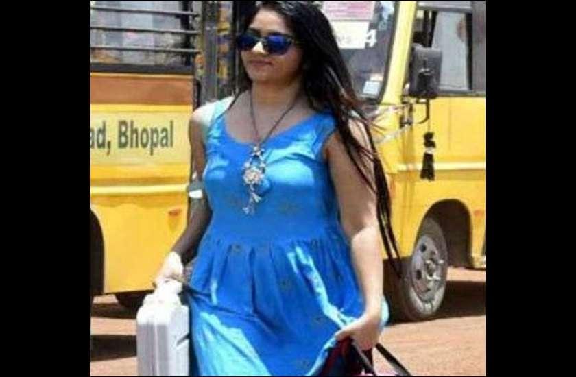 top-6-indian-girls-who-became-internet-sensation-overnight
