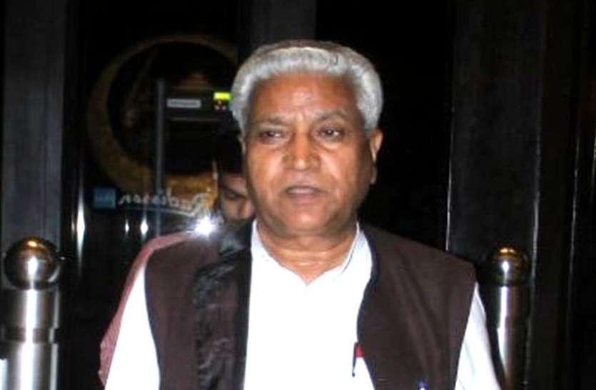 अचानक इंदौर आए भाजपा के राष्ट्रीय संगठन मंत्री, आधी रात को नेताओं से बोले- गड़बड़ हुई तो छोड़ूंगा नहीं