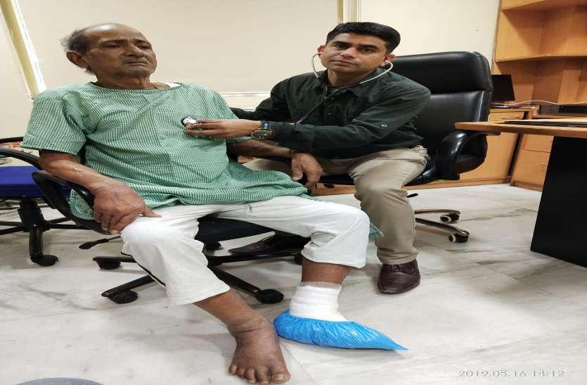 पेट से लेकर दोनों घुटनों तक नसें थीं ब्लाक, डॉक्टरों ने रिस्क लेकर बचाई मरीज की जान