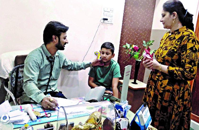 गर्मी में बढ़ रहे डिहाइडे्रशन के मरीज डॉक्टर्स बता रहे बचाव के उपाय