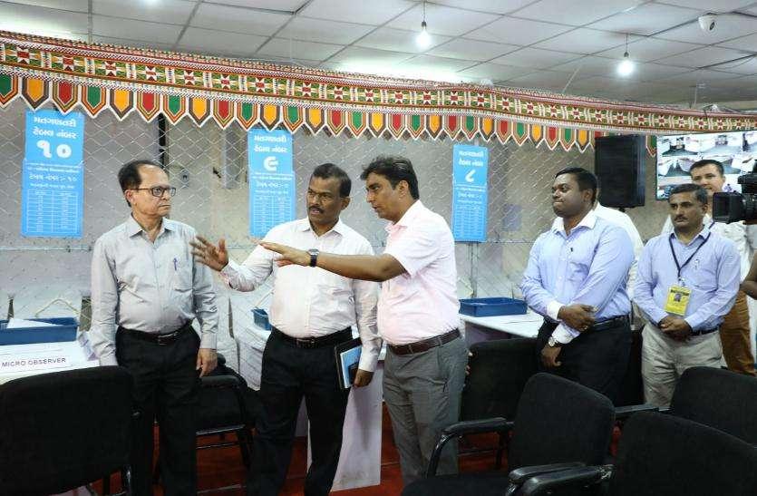 मुख्य चुनाव अधिकारी ने देखा आदर्श मतगणना केन्द्र