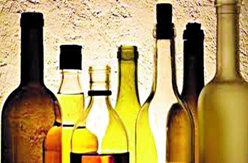 आबकारी व पुलिस विभाग सुस्त शराब कोचिए काट रहे है चांदी