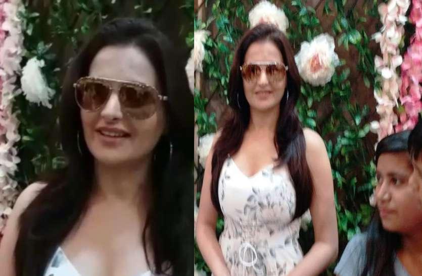 सपा के गढ़ में पहुंची यह अभिनेत्री, इस बात को लेकर की बड़ी तारीफ, कहा- मुझे इसका इंतजार रहेगा