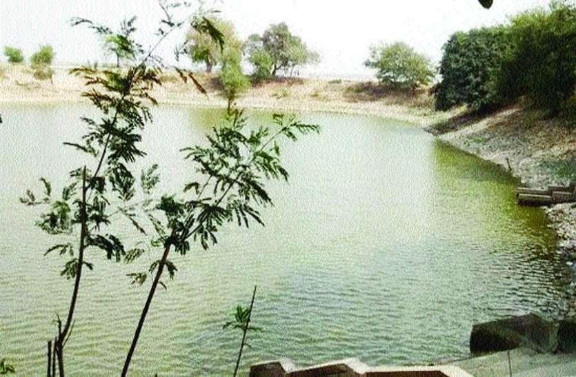 रंग ला रही है तालाबों में नदियों का पानी भरने की योजना