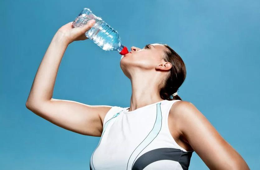 गर्मियों के मौसम में एेसे पूरी करें शरीर में पानी की कमी