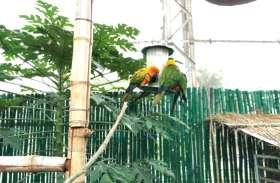 पक्षियों को गर्मी की मार से बचाने नंदनवन में लगाई गई है ये मशीन
