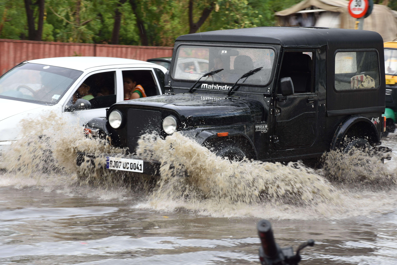 rain in bikaner, see photos
