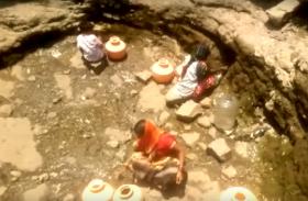 VIDEO: जल संकट से जूझ रहा है महाराष्ट्र का लातूर, 15 दिनों में एक बार आता है सरकारी पानी का टैंकर