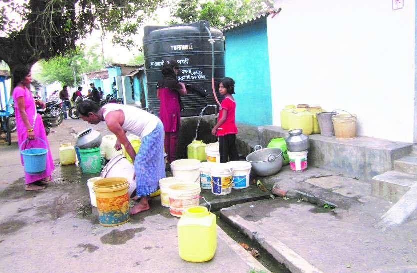 दावा 83 लीटर पानी का, मिल रहा 35 से 45 लीटर