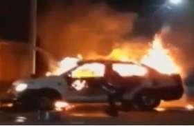 भाजपा प्रत्याशी के कार पर जाधवपुर में टीएमसी कार्यकर्ताओं का हमला, बाल बाल बचे अनुपम हाजरा
