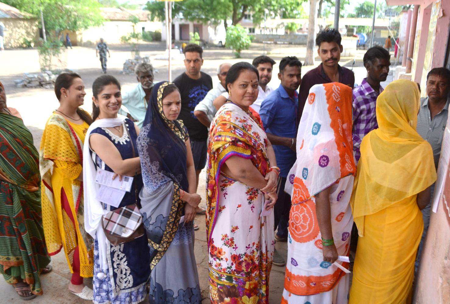 लोकसभा चुनाव में बरसी महिलाओं की मेहरबानी