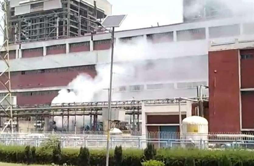 एनटीपीसी तापीय परियोजना में लगी आग, यूनिट-7 के जीटी बी चरण का ट्रांसफॉर्मर जलकर खाक, जानिए कैसे हुआ हादसा