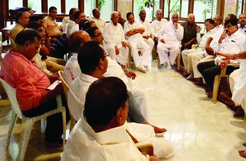 आचार्य शिवमुनि का आगामी चातुर्मास बेंगलूरु में करवाने की विनती लेकर जाएगा संघ