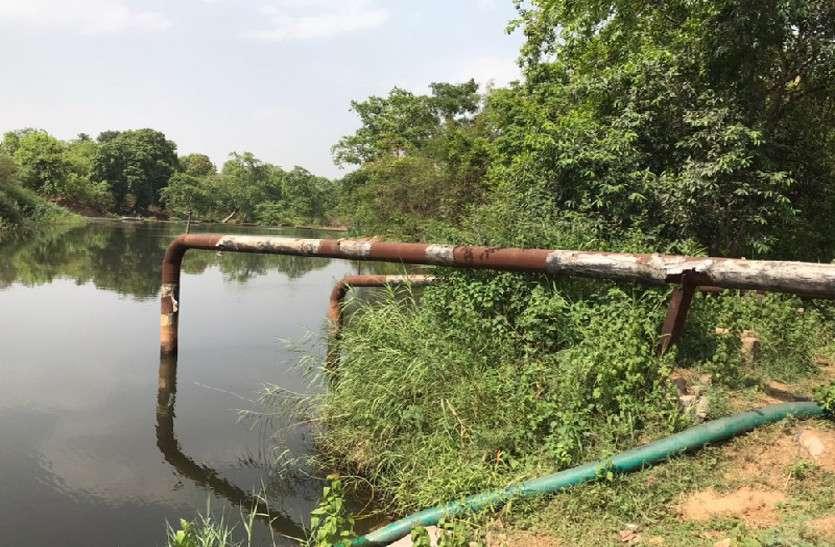 लोगों को निस्तारी के लिए पानी नहीं और उद्योग कर रहा अवैध जल दोहन