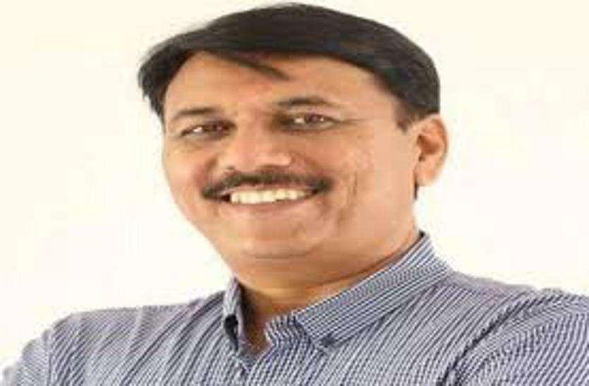 \गुजरात में दस से ज्यादा सीटें जीतेगी कांग्रेस'