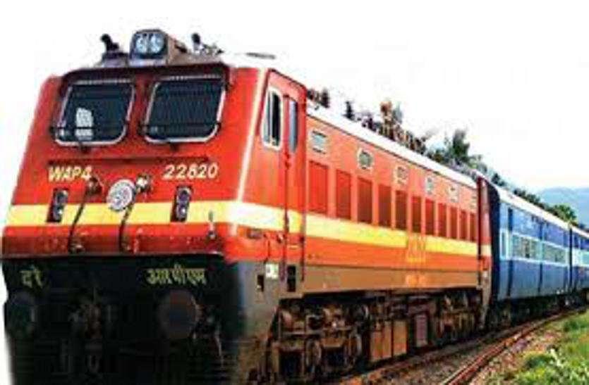 गांधीनगर स्टेशन पर निर्माण कार्य, शांति एक्सप्रेस २७ तक अहमदाबाद से