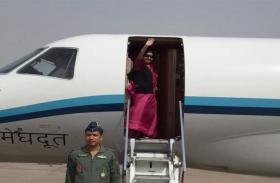 VIDEO: किर्गिस्तान के लिए रवाना हुईं सुषमा स्वराज, बैठक में होंगी शामिल