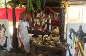 भगवन प्रसन्न वेंकटेश की गरुड़ वाहन सवारी