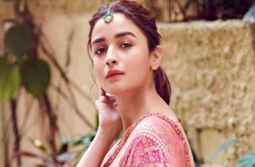 कभी सुपरहीरो तो कभी मुगल की रानी बन एक्टिंग का जलवा बिखेरेंगी आलिया भट्ट, ये हैं उनकी आने वाली 4 फिल्में