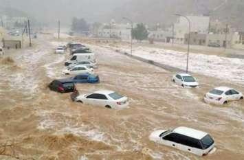 ओमान: बादल फटने के बाद बाढ़ ने मचाही तबाही, महाराष्ट्र के एक ही परिवार के 6 लोग लापता