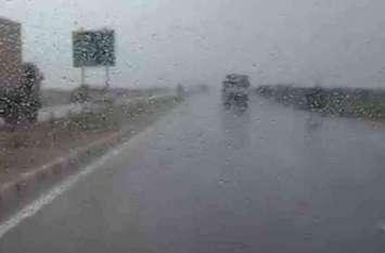 मौसम का बिगड़ा मिजाज, तेज आंधी के साथ  बारिश, जानिये अगले 24 घंटे मौसम का हाल