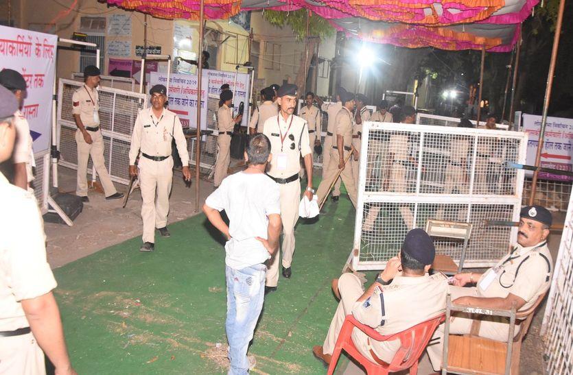 Lokasabha Elecation: मतगणना शुरू, आधे घंटे में आएगा पहला रूझान